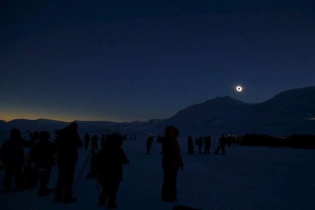 solar-eclipse-20150320-norway-3