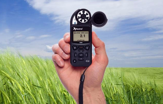 6 Proven Handheld Weather Station To Choose From